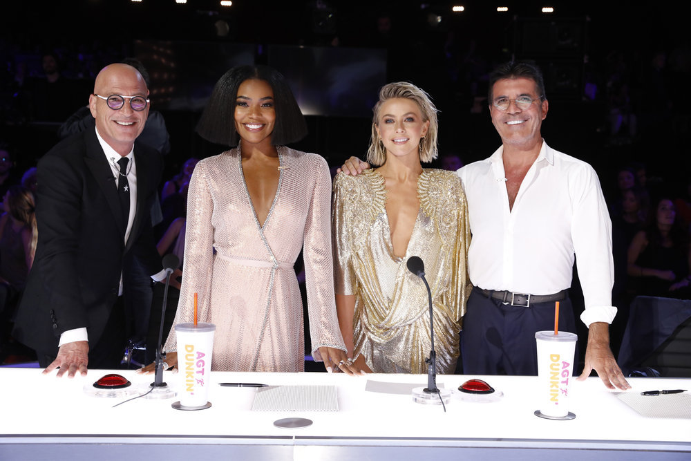 america's got talent Howie Mandel, Gabrielle Union, Julianne Hough, Simon Cowell