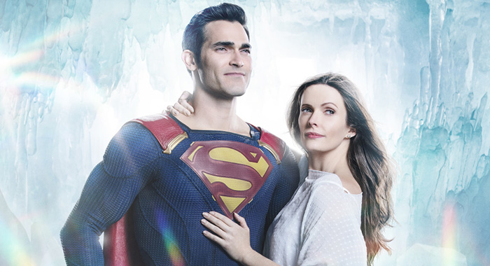 Supergirl -- Image Number: Superman-Lois_Firstlook.jpg -- Pictured (L-R): Tyler Hoechlin as Superman and Bitsie Tulloch as Lois Lane -- Photo: Katie Yu/The CW -- © 2018 The CW Network, LLC. All Rights Reserved.