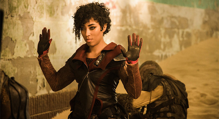"VAGRANT QUEEN -- ""Pilot"" Episode 101 -- Pictured: Adriyan Rae as Elida -- (Photo by: Marcos Cruz/Vagrant Productions/SYFY)"