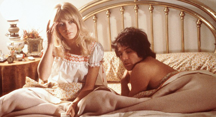 Goldie Hawn and Warren Beatty in bed. (Shampoo)