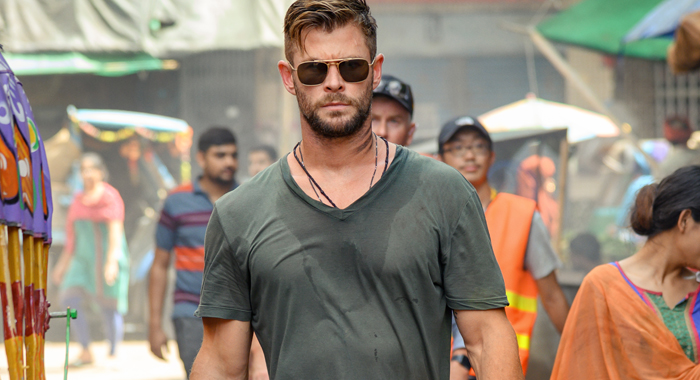 Extraction First Reviews: Chris Hemsworth Anchors a Brutal, Action ...