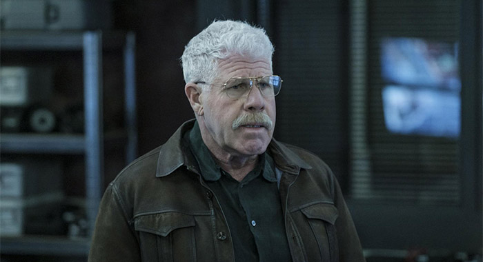 Ron Perlman in THE CAPTURE -- Episode 103