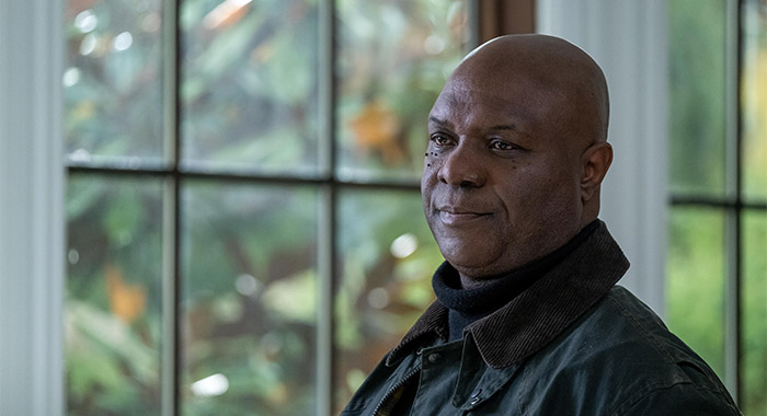 Robert Wisdom in Helstrom season 1