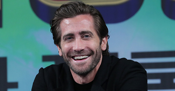 Jake Gyllenhaal Will Star in HBO Limited Series <em>The Son</em>