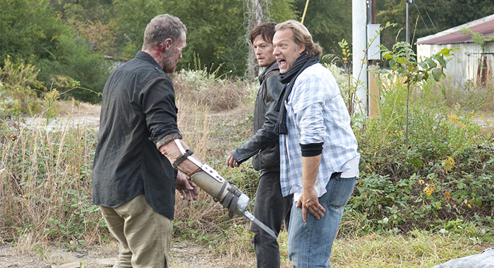 "Michael Rooker, Norman Reedus and Greg Nicotero behind the scenes of The Walking Dead_Season 3, Episode 15 ""This Sorrowful Life"""