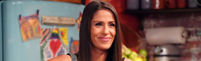 PUNKY BREWSTER -- Pilot Episode -- Pictured: Soleil Moon Frye as Punky Brewster -- (Photo by: Evans Vestal Ward/Peacock)