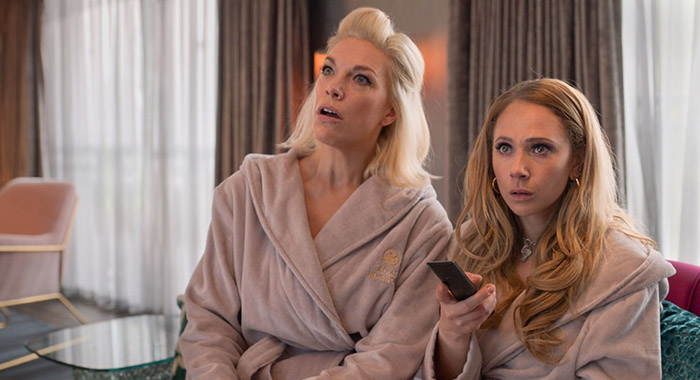 """Hannah Waddingham and Juno Temple in ìTed Lasso"""""""