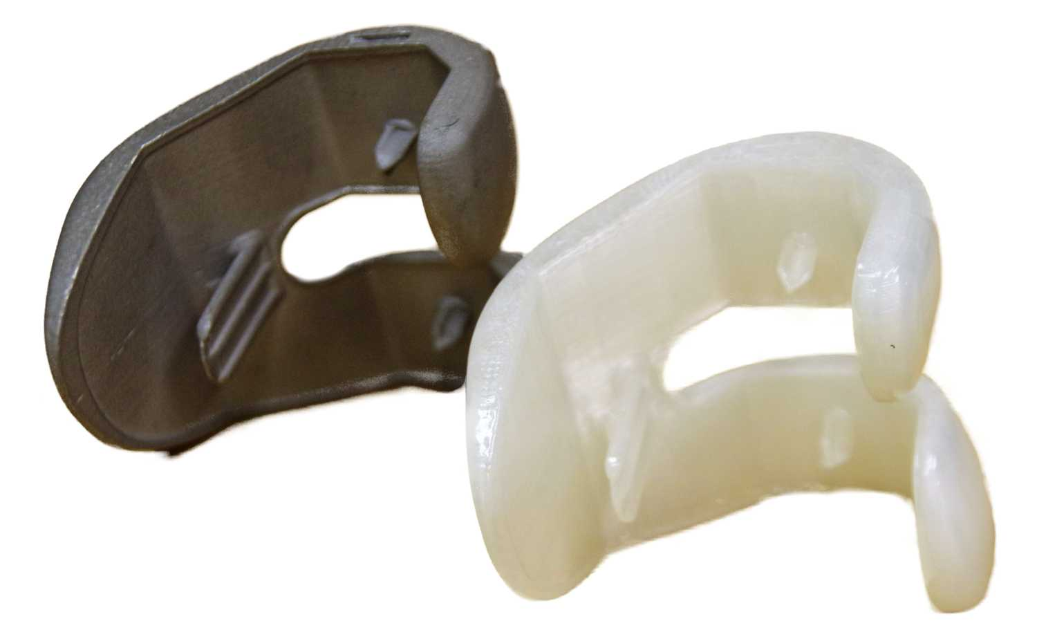 Investment cast knee joint by Plural Additive Manufacturing with 3ntr