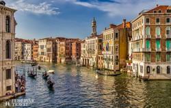 a Canal Grande, Velence fő közlekedési útvonala – részlet