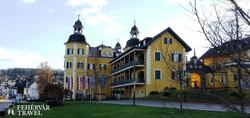 Velden – kastély a Wörthi-tónál (a híres tévésorozat helyszíne)
