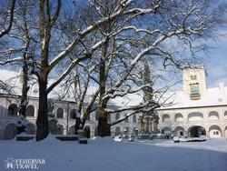 a heiligenkreuzi cisztercita kolostor téli hangulatban
