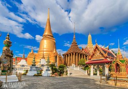 a Smaragd Buddha Templom a bangkoki Királyi Palota udvarán