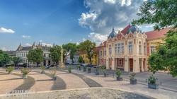 a szekszárdi városháza szecessziós épülete a Béla király téren