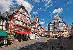 az elbűvölő Majna-parti kisváros, Miltenberg egy részlete