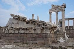 Pergamon romjai – részlet