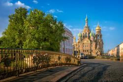 """a """"Véren megváltó"""" temploma Szentpéterváron"""