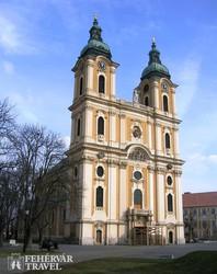 Kalocsa székesegyháza