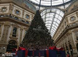 Milánó – karácsonyi díszlet a Viktor Emánuel galériában