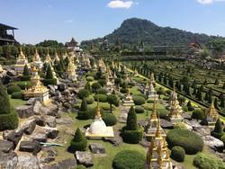a Nong Nooch trópusi kert egy részlete