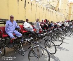 biciklis riksások Jaipurban