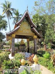 Luang Prabang: a laoszi királyi palota kertjének egy csodálatos szeglete
