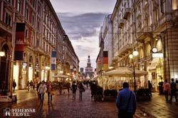 Milánó hangulatos belvárosa – háttérben a Sforza-vár
