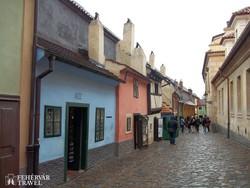 Prága: az Aranyművesek utcája – részlet