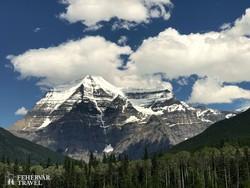Mount Robson, a kanadai Sziklás-hegység legmagasabb csúcsa
