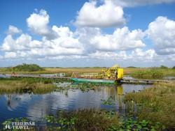 airboat (propelleres motorcsónak) az Everglades mocsárvidékén