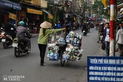 Hanoi: jellegzetes utcakép az óvárosban