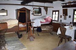 tiszta szoba a pityerszeri skanzenben