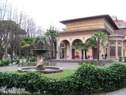 impozáns épület Montecatini Termében