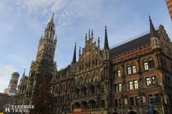 München: az Új Városháza egy részlete adventi hangulatban