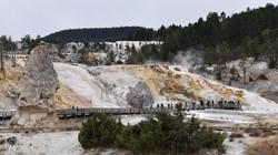 Mammoth Hot Springs – részlet