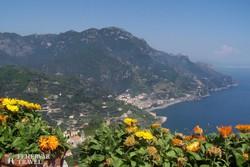 panoráma Ravellóból az Amalfi-partra