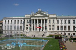 Szeged – a Móra Ferenc Múzeum épülete a Tisza partján