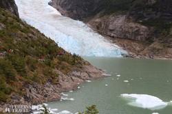 a Serrano-gleccser és az előtte elterülő gleccserlagúna egy részlete