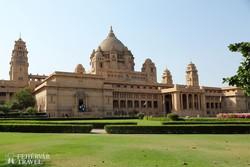az Umaid Bhawan palota tekintélyes épülete Jodhpurban