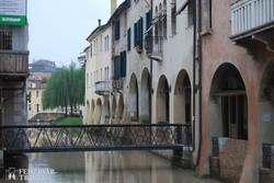 Treviso – ősi házak az egyik csatorna partján