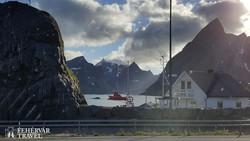 pillantás a Kirke-fjordra (Moskenesøy szigetén)