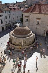 az Onofrio-kút Dubrovnikban
