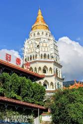 a színpompás Kek Lok Si templomegyüttes Penangon