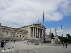 a parlament épülete Bécsben