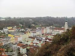 Burghausen óvárosa a várból