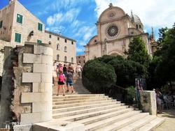 Sibenik óvárosa a katedrálissal – részlet