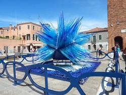 látványos üvegszobor Murano belvárosában