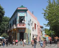 Buenos Aires: a Boca negyed színes házai