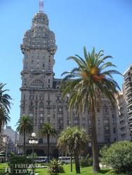 Montevideo: a Palacio Salvo épülete