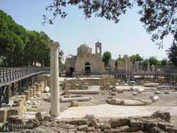 ásatási terület Paphosban a Szt. Pál oszloppal