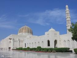a lenyűgöző Ezeregyéjszaka mecset Muscatban